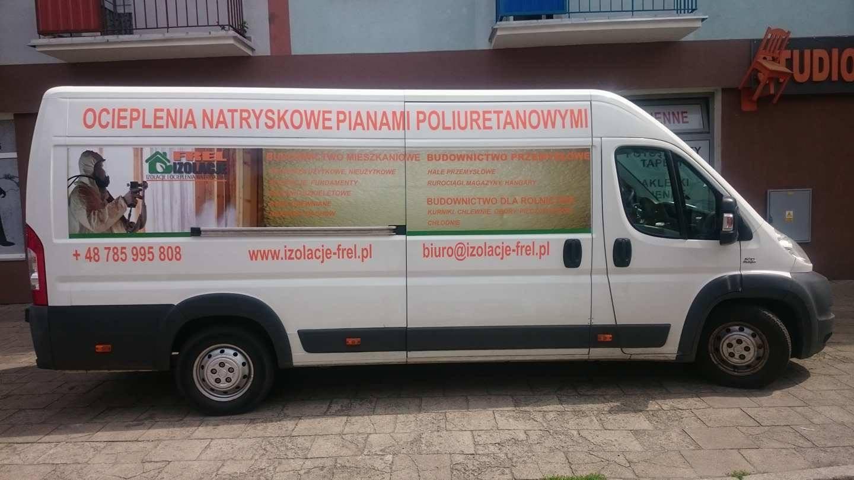 Projekt reklamy oraz oklejenie dużego pojazdu dostawczego